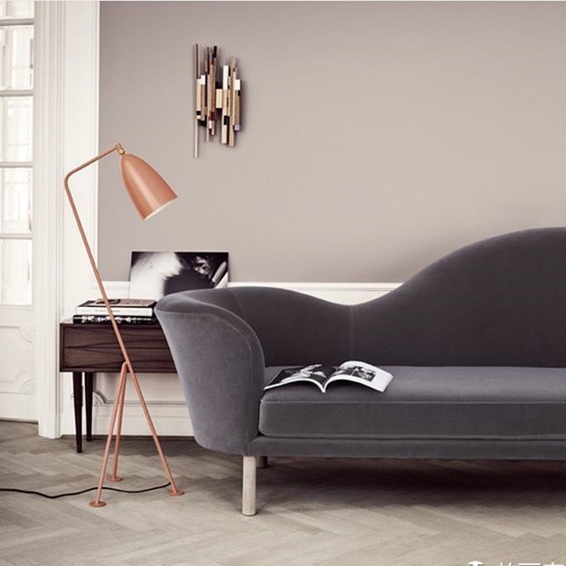 新古典布艺沙发Gubi Grand Piano Sofa 酒店会所样板房西餐厅卡座