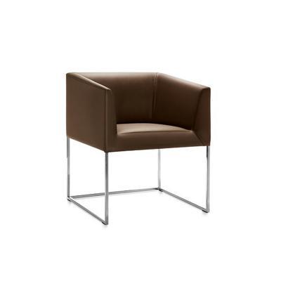真皮休闲椅Fabio Calvi北欧时尚简约餐椅酒店小户型扶手设计师