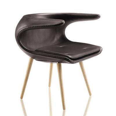 皮质款汉斯玻璃钢餐椅Hans Wegner  丹麦FurnID电视电影广告道具出租 宜家定制