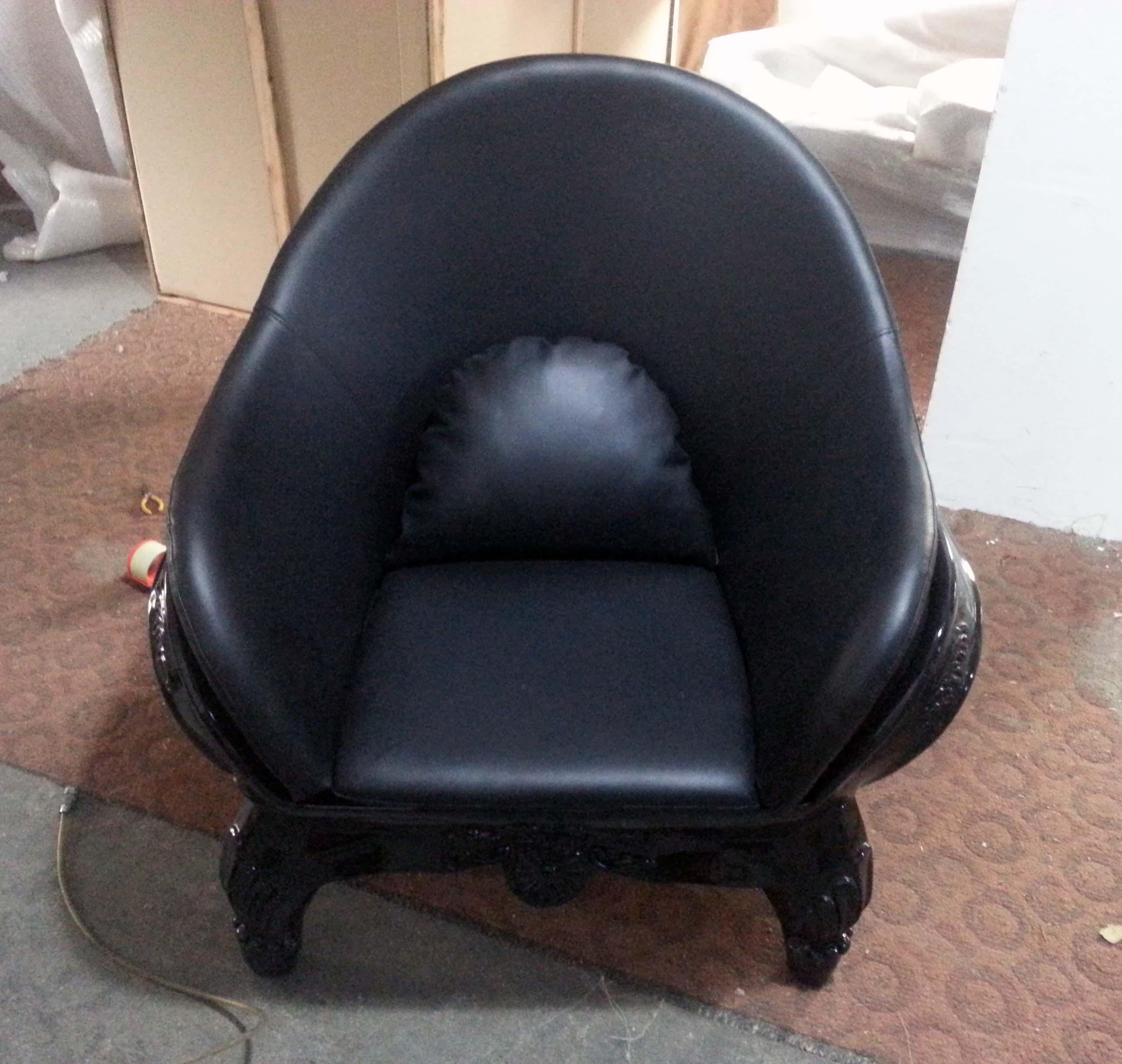 Maximo Riera 骷髅头椅 骷髅头沙 玻璃钢骷髅头创意椅骷髅头雕塑