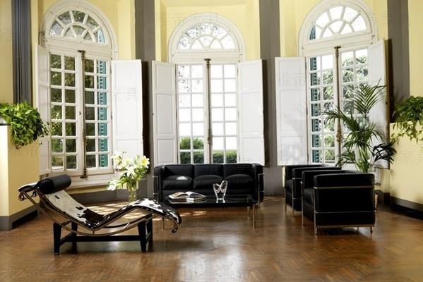 瑞士巴黎勒.柯布西耶设计办公休闲沙发椅 Le Corbusier Sofa Lc3
