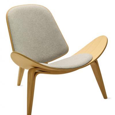 三脚三角三叉贝壳实木椅 汉斯·韦格纳 创意大师 样品房外星人北欧家具 经典