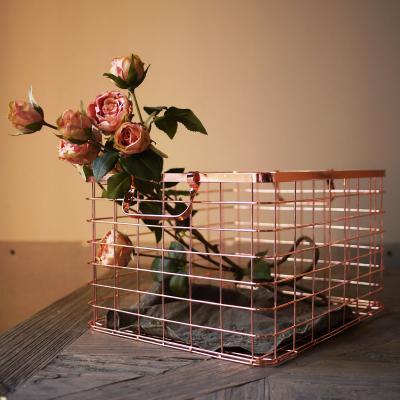 高端家具 玫瑰金色铁艺收纳篮 脏衣收纳筐 杂物筐金色潮品摄影摆件