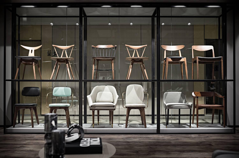 北欧餐椅 五金电镀包脚 大师家具设计网  全球高端家具定制