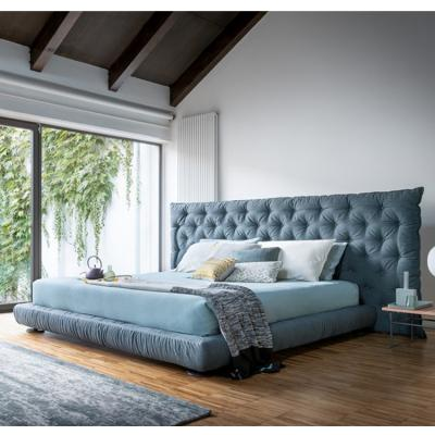 2019年国际新品 软垫床头床铺Bonaldo FULL MOON Double bed 设计师床品