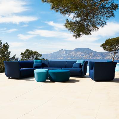 VONDOM温和的|花园半圆 弧形坐垫凳系列 冰雪蓝 大红 设计师 Marcel Wanders