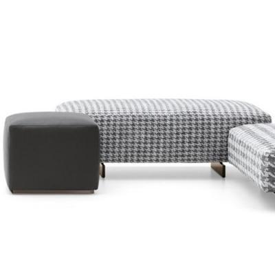 意大利2018年新款 Minotti 格子坐凳沙发脚踏 设计师Rodolfo Dordoni DAMIER 不锈钢实木布艺皮质脚凳