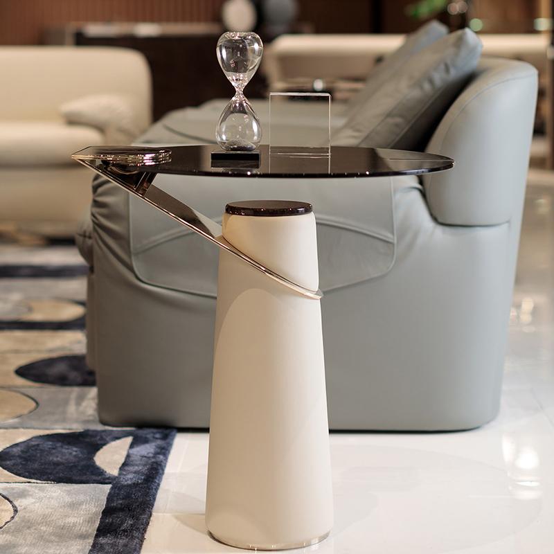 最年轻的设计师之一 Andrea bonini  意大利 turri  Eclipse tea table图里日蚀茶几