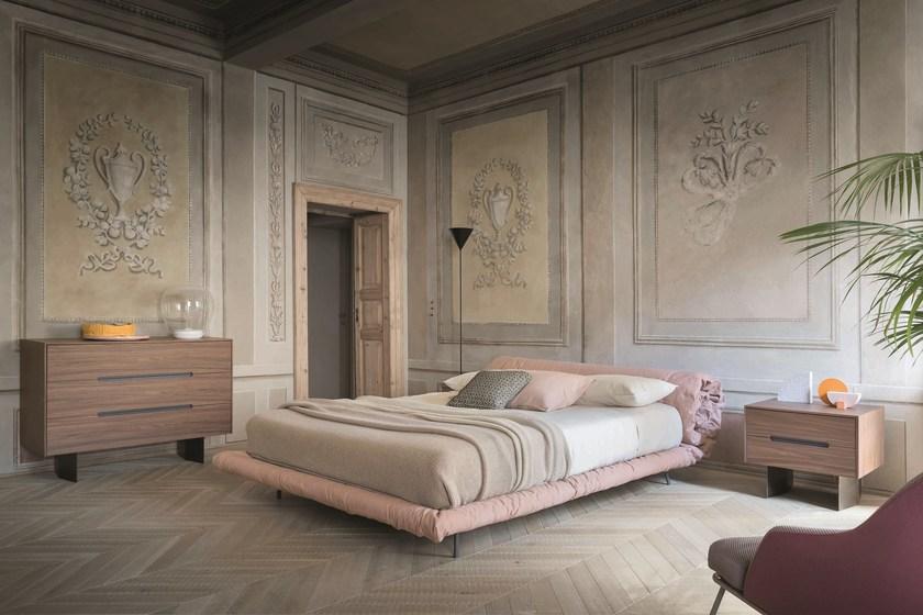 意大利设计师Alessandro Busana Bonaldo床铺 毛毯棉被圈床 细麻粗麻粉色紫色软床