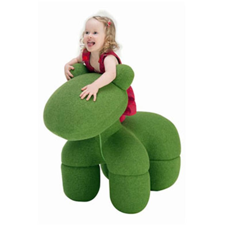童年应该回归它本来的意义 童真休闲玩具椅